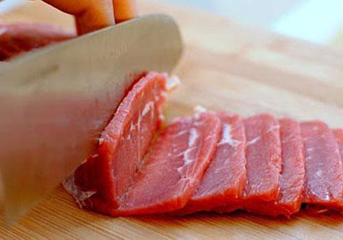 Cách thái thịt bò mỏng như tờ giấy